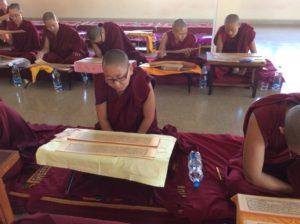 Nonnen Kloster Indien Flüchtlinge
