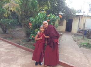 Nonnen Tibet Paten Hilfe